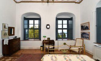 Στο σφυρί για 4,5 εκατ. ευρώ το σπίτι του Ανδρέα Μιαούλη στην Ύδρα (φωτο)