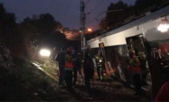 Εκτροχιάστηκε τρένο στη Βαρκελώνη – Ένας νεκρός, τουλάχιστον έξι τραυματίες (βίντεο)