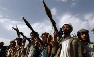 Οι Χούτι της Υεμένης ισχυρίζονται ότι έπληξαν με πύραυλο αεροδρόμιο στη Σ. Αραβία