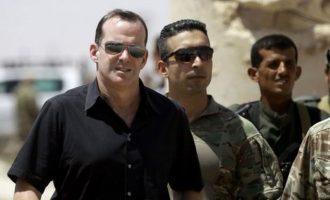 Ο Μπρετ ΜακΓκούργκ «ανακρίνει» τον Ερντογάν – Οι Αμερικανοί ξέρουν ότι αυτός είναι το ISIS