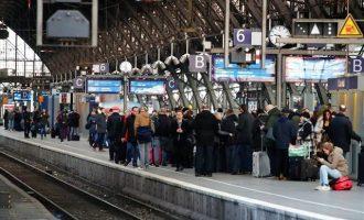 Κυκλοφοριακό «έμφραγμα» στη Γερμανία: Απεργία στους Σιδηροδρόμους έφερε χάος