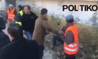 Ο Έντι Ράμα έστειλε στη Χειμάρρα μπουλντόζες να γκρεμίσουν ελληνικά σπίτια – Η Ελλάδα προειδοποίησε την Αλβανία  (βίντεο)