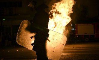 Επίθεση με μολότοφ σε κτήριο των ΜΑΤ στην Καισαριανή