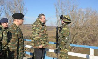 Περιοδεία Καμμένου σε μονάδες του Δ' Σώματος Στρατού μαζί με τον αρχηγό ΓΕΣ