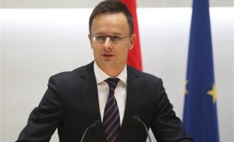 Ούγγρος αξιωματούχος: Να μείνει η Βρετανία στην ΕΕ – Να φύγουν οι μετανάστες