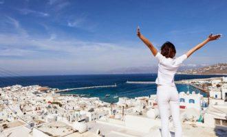 Διαβάστε τη λίστα με τις 29 χώρες που θα στείλουν πρώτες τουρίστες στην Ελλάδα