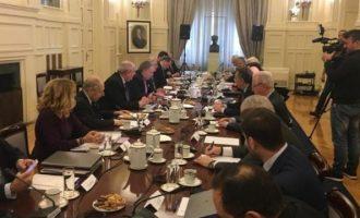 Σε εξέλιξη το Εθνικό Συμβούλιο Εξωτερικής Πολιτικής – Ποιοι συμμετέχουν