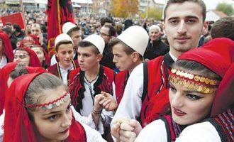 Στην Αλβανία μπορεί να μη γεννάνε, γεννάνε όμως οι Αλβανοί στην Ιταλία