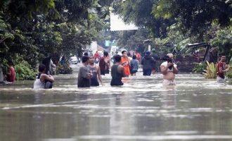 Ανεβαίνουν διαρκώς οι νεκροί από την τροπική καταιγίδα που «σάρωσε» τις Φιλιππίνες