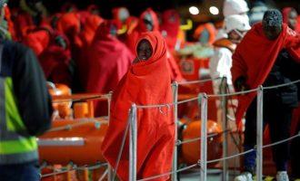 Γαλλία και Γερμανία ασκούν πιέσεις για να βρεθεί λύση με τα πλοία που σώζουν μετανάστες