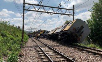 Φονική σύγκρουση τρένων στη Νότια Αφρική – Δύο νεκροί, δεκάδες τραυματίες