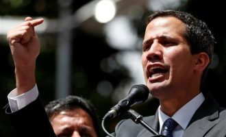 Ο Γκουάιντο κάλεσε τον Μητσοτάκη να επισκεφθεί τη Βενεζουέλα – Επικοινωνία και με Αλ Σίσι