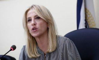 Δούρου: Θέλουν το τιμόνι της Περιφέρειας άνθρωποι τσακωμένοι με την αλήθεια