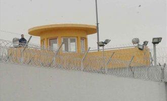 Άγρια μαχαιρώματα στις φυλακές Δομοκού με 5 τραυματίες