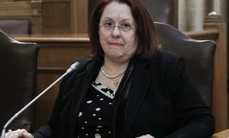 Η Μαρία Παπασπύρου προανήγγειλε νέα πορίσματα για Novartis και ΚΕΕΛΠΝΟ