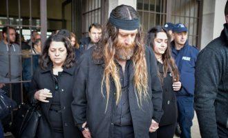 Στο εδώλιο του κατηγορούμενου ο πατέρας του Βαγγέλη Γιακουμάκη – Γιατί κατηγορείται