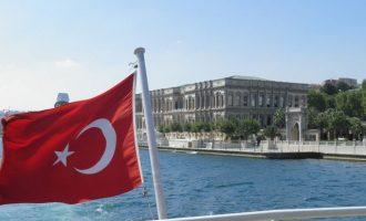 Τούρκος υπ. Μεταφορών: Η ναυτιλία μας αξίζει 17,5 δισ. δολάρια