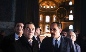 AFP: «Μία σπάνια» για Έλληνα ηγέτη επίσκεψη στην Αγία Σοφία