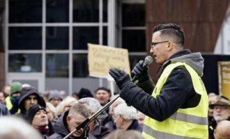 Αυτός είναι ο 26χρονος Έλληνας ηγέτης των Κίτρινων Γιλέκων στη Γερμανία