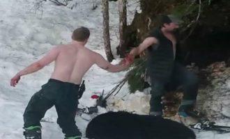 Σοκ: Πατέρας και γιος σκότωσαν αρκούδα και αρκουδάκια σε χειμερία νάρκη (βίντεο)
