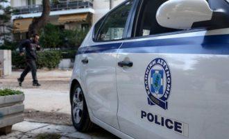 Συνελήφθη μετά από 13 χρόνια ο πλέον διαβόητος απατεώνας στην Ελλάδα (φωτο)