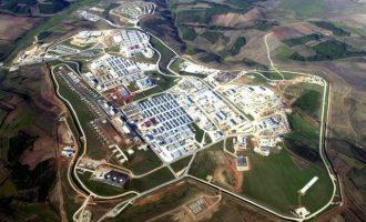 Το ΝΑΤΟ δεν αποσύρεται από το Στρατόπεδο Μπόντστιλ στο Κόσοβο