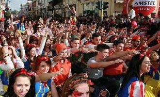Κοροναϊός: Δύο χρόνια φυλακή σε όσους συμμετέχουν σε καρναβάλι