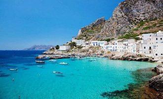 Ελληνικό νησί αποτελεί τον τέταρτο καλύτερο παγκόσμιο προορισμό για το 2019