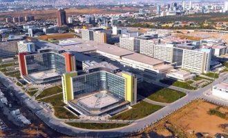Ο Ερντογάν εγκαινίασε νοσοκομείο και τον έκραξαν οι γιατροί (βίντεο)