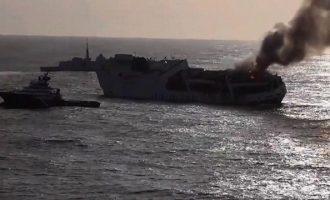 Bυθίστηκε πλοίο γεμάτο με Πόρσε και Αudi ανοιχτά της Γαλλίας