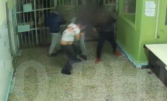 Φυλακές Κορυδαλλού: Βίντεο-σοκ από τη δολοφονία Αλβανού κρατούμενου