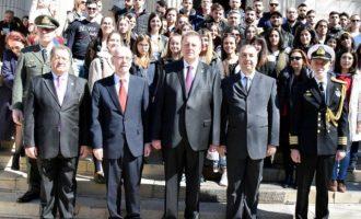 Λαμπρός εορτασμός της 25ης Μαρτίου στο Βουκουρέστι (φωτο)