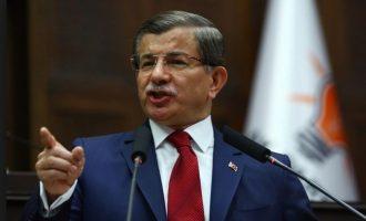 Sözcü: Ο Νταβούτογλου ιδρύει την Κυριακή νέο κόμμα διάσπαση στον Ερντογάν