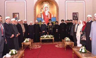 Οι μουσουλμάνοι ηγέτες της Αιγύπτου ευχήθηκαν στον Κόπτη Πατριάρχη για το Πάσχα