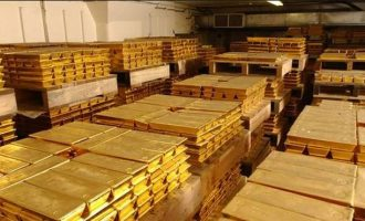 Ο Μαδούρο πουλά τον χρυσό της Βενεζουέλας για να κρατηθεί στην εξουσία