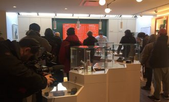 Άνοιξαν τα πρώτα καταστήματα πώλησης κάνναβης στον Καναδά (φωτο)