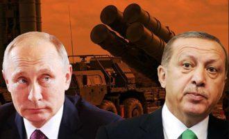 Εκπρόσωπος Πενταγώνου: «Η Τουρκία προκαλεί την καταστροφή με τη συνεργασία της με τη Ρωσία»