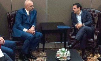 Αλβανική εφημερίδα: Μόλις η Ελλάδα αγριέψει η Αλβανία μαζεύεται