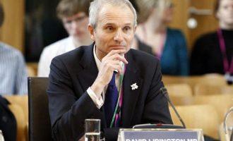 Ξεχάστε τα περί ανεξαρτησίας διαμηνύει το Λονδίνο στη Σκωτία