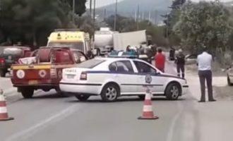 Ένας νεκρός από τη σύγκρουση βυτιοφόρου στην Κορωπίου-Μαρκοπούλου