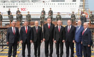 Προκλητικός παραχαράκτης της ιστορίας ο Ερντογάν: Δεν υπάρχει καμία γενοκτονία