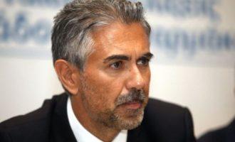 ΣΥΡΙΖΑ: Ο Φρουζής πήγε με μια βαλίτσα γεμάτη λεφτά στο Μαξίμου – Έχει κάτι να πει ο κ. Μητσοτάκης;