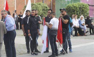 Άκρατος ρατσισμός από τα διαπλεκόμενα ΜΜΕ του Μητσοτάκη – Χλευάζουν τους Ρομά