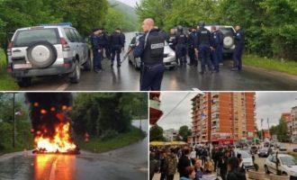 Ένταση στο Κόσοβο – Σέρβοι στήνουν οδοφράγματα – Σε ετοιμότητα ο σερβικός στρατός