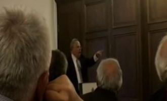 Ο Κοτζιάς απέναντι στους χουντικούς – Οι Έλληνες του Μονάχου τους πέταξαν έξω από την αίθουσα