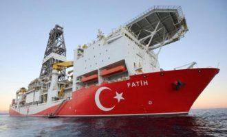 «Κράσαρε» ο Ομέρ Τσελίκ μετά την απόφαση σύλληψης των πειρατών του «Πορθητή»