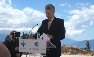 Αρχή αμερικανικών επενδύσεων στην Ελλάδα – Εγκαινιάστηκε αιολικό πάρκο στη Φωκίδα
