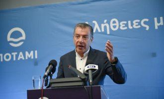 Παραιτείται από την ηγεσία του Ποταμιού ο Σταύρος Θεοδωράκης