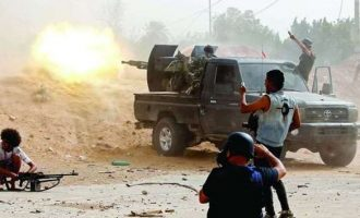 Σφοδρές μάχες στην Τρίπολη – Οι τουρκόφιλοι ισλαμιστές αντιστέκονται σθεναρά