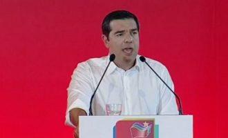 Τσίπρας: Θέλουν να γυρίσουν αυτοί που έγιναν ζάπλουτοι από την πολιτική και τις offshore